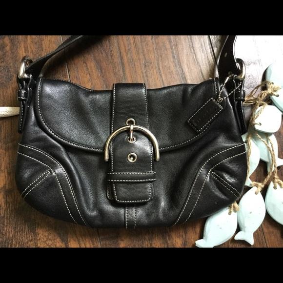 Coach Handbags - Coach bag mini🐝